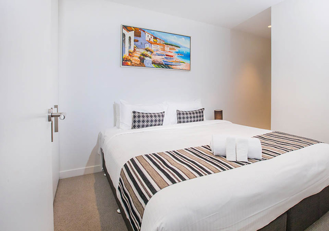 Serviced apartment Melbourne long stay